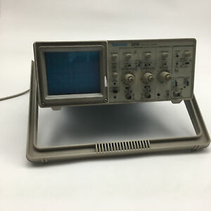 Tektronix 2205 20mhz Analog 2 Channel Trace Oscilloscope