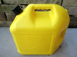 Blitz 5 Gallon Diesel Fuel Can With Vent Flex Spout 11854 Made In Usa