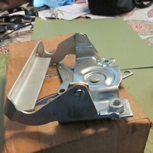 Nos New 1989 2003 Ford Ranger Tailgate Latch Handle Asby E9tz 9943400 A Nos