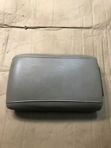 1997 2002 Navigator Expedition Center Console Lid Arm Rest Wide Armrest