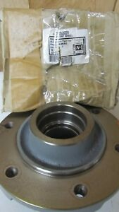 Allis Chalmers 6060 Or 6070 Front Wheel Hub Repl 70263039