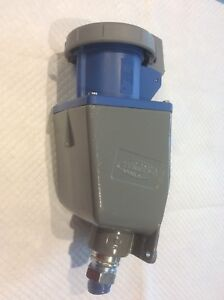 Hubbell Receptacle W Base 460r9w 60a 250v 3ph Used