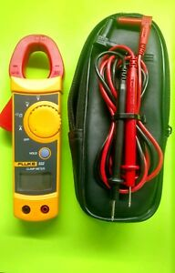 Fluke 322 Clamp Meter With Leads And Case Used