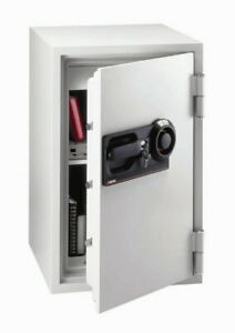 Sentry Safe 1 hour Fireproof Commercial Safe
