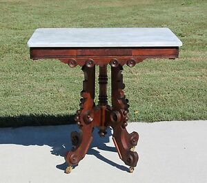 Victorian Walnut Burl Marble Top Parlor Center Lamp Table C1875