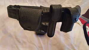 Uncle Mike s Law Enforcement Tactical Duty Belt Mirage Basket Weave With Extras