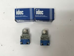 2 New Idec Abw110 b Industrial Push Button Switch 120 600v