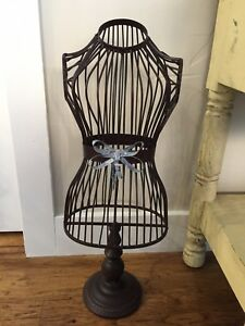 Mannequin Dress Form Wrought Iron Pedestal Vintage Display Size 0 4