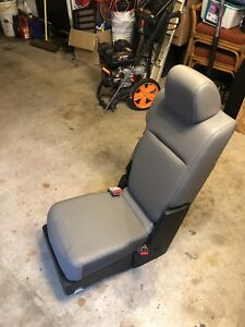 2015 2016 2017 2018 Ford F 150 F150 Front Vinyl Work Truck Seats Center Console