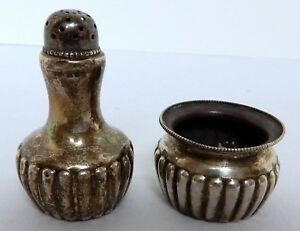 Sterling Silver Salt Cellar And Matching Pepper Shaker Possibly Gorham See Descr