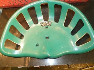 V39 Vintage Cast Iron Tractor Implement Seat Farm Collectables