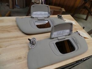 2002 Jeep Grand Cherokee Limited Sunvisors L H And R H
