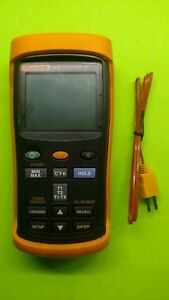 Fluke 54 Ii Dual Input Digital Thermometer With One 80pk 1 Thermocouples Used