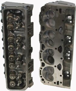 Chevy 5 7 Gm 350 Cylinder Heads Pair Tbi 1987 1995 Cast 191 193