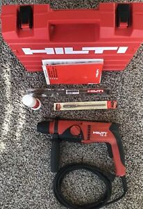 Hilti Te 2 Sds plus Rotary Hammer Drill With Case Lube And Bits excellent