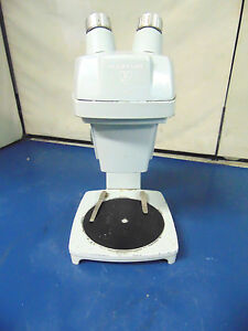 Bausch And Lomb 2x Microscope No Eyepieces R938x