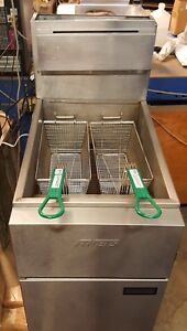 Reconditioned Anets Fryer 40 Lb Deep Fat Floor Natural Gas Used New Baskets
