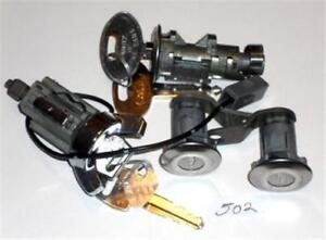 81 93 Ford Mustang Ignition Door Trunk 4 Lock Set 502