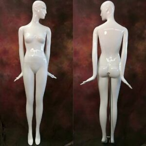 Patina V Mannequin White Gloss Full Size Female Image Flow Head Modern Abstract