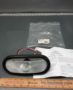 New Federal Signal 6 1 2 Oval Strobe Light Assembly 601111 05