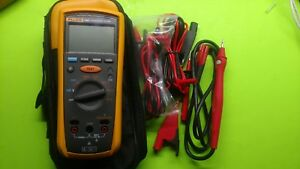 Fluke 1507 Megohmmeter Resistance Insulation Tester With Leads Case Used