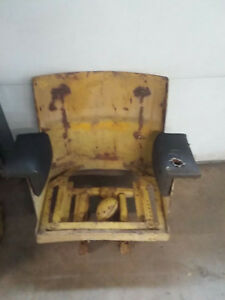 John Deere 440 Crawler Deluxe Seat Assembly Can Ship Upon Request