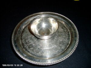 Wm A Rogers Silverplate Serving Tray With Attached Bowl