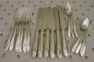 Patrician Community Oneida Silverplate 18 Pcs For 6 Mono H Forks Knives Spoons