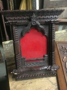Pretty Ornate Tramp Art Picture Frame W Stand 12 X 10 Detailed Carving C1910