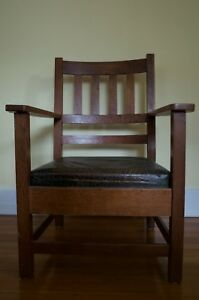 Antique American Arts Crafts Mission Oak Arm Chair With Leather Cushion