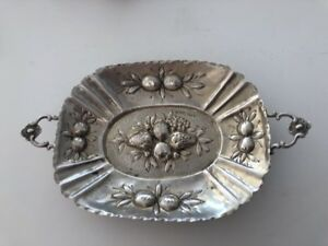 Signed Possen 800 Silver Antique Fruit Repousse Dish Tray 82 6 Gram