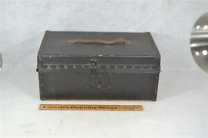 Antique Box Trunk Leather Wood Document Cloth Lining 14 Tack Decoration 1800 Vg