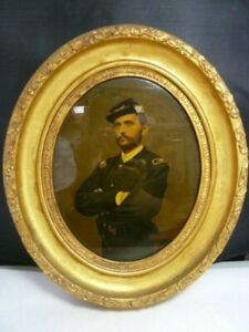 Antique Oval Frame W Millitary Man In Old Photo Gold Gilt Frame