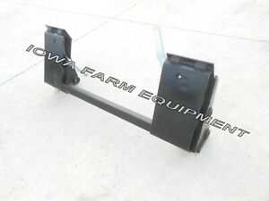 Ih international 1850 2000 2200 Pin on Loader To Skid Steer Quick Attach Adapter