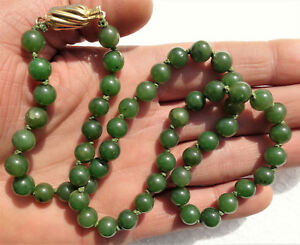 Vintage Chinese Jade Beads Necklace