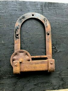 A Single Vintage Horseshoe Style Barn Door Roller Hardware 6 1 2 By 10 1 2