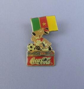 World Cup USA 1994 Coca Cola Pin Badge - Mascot With Cameroon Flag - Unused