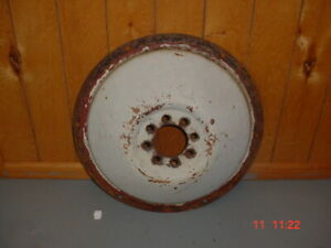 Ford 8n naa 600 Tractor 28 Rear Wheel Disc Jubilee 640 641 Ford