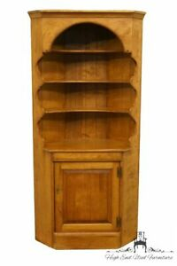 Cushman Colonial Hard Rock Maple Corner Bookcase 5855 Antique Finish