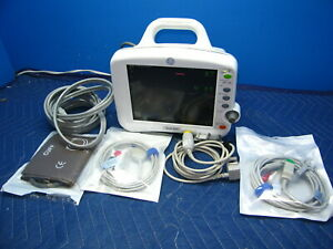 Ge Dash 3000 Color Patient Monitor With Co2 Capnostat Recorder Cables Warranty