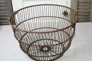 Antique Wire Clam Oyster Basket Rusty Nautical Seashore Home Decor Wire Bucket