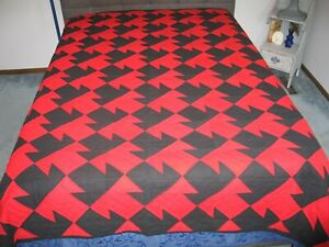 Vintage Double T Quilt Bedspread Black Red Cotton Solids