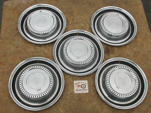 1972 80 International Scout Harvester Travelall 15 Wheel Covers Hubcaps 5