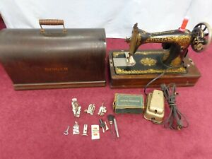 Working Vintage Singer 15 Tiffany Sewing Machine Accessories Case Circa 1913