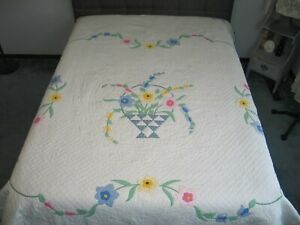 Antique Floral Applique Quilt Flower Basket Quilt Densely Hand Quilted 94 By 72
