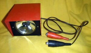 Vintage 1950 s 60 s Portable Auto Work Light 12 Volt
