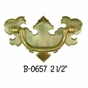 2 1 2 Bat Wing Chippendale Early American Style Drawer Pull Stamped Brass Old