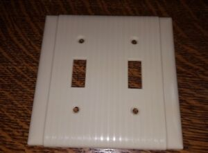 Vintage Uniline Bakelite 2 Toggle Double Wall Light Switch Plate Cover