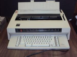 Refurbished W 3 Month Guarantee Ibm Typewriter Wheelwriter 3
