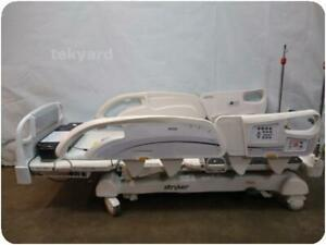 Stryker Intouch Xprt Electric Critical Care Hospital Patient Bed 217471
